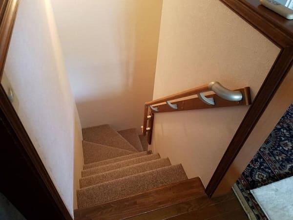 階段手すり取り付け完成