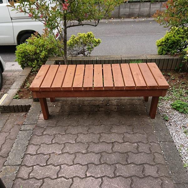 端材で作ったベンチ