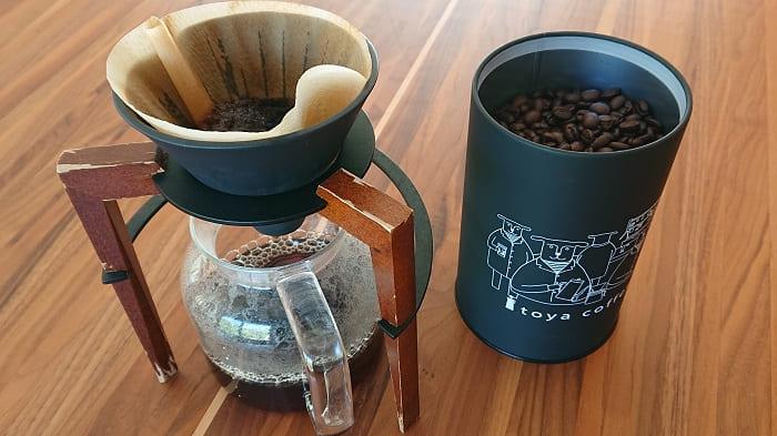 挽きたてのコーヒー